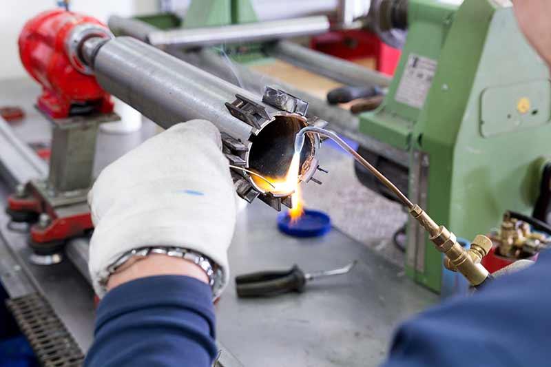 Replace new diamond segments on drill bit tube